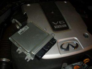 Infinity-FX-37-s-chiptuning-ECU-V8