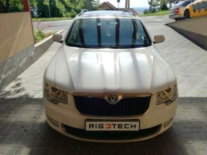 Skoda-Superb-ii-2008tol-16TDI-105ps-2012-Chiptuning