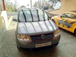 Volkswagen_Touran_20032010_19TDI_100ps_2004_Mecsei_Robert-chiptuning